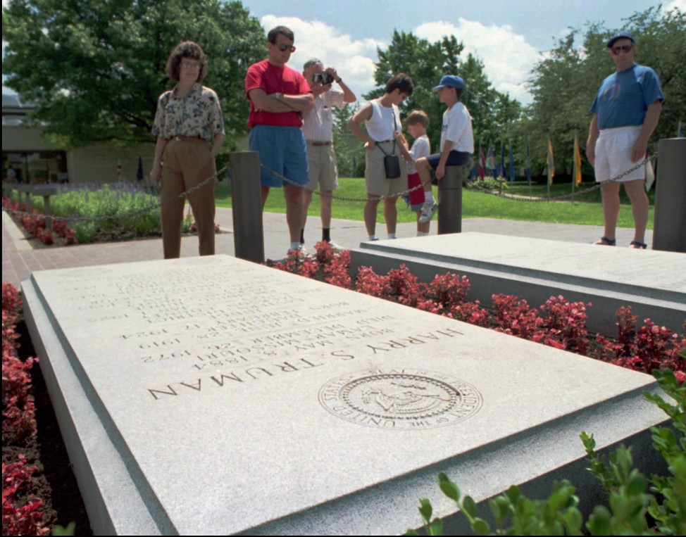 Visitors view President Harry Truman's grave at the Harry S. Truman Presidential Library, in Independence, Missouri. (AP Photo)