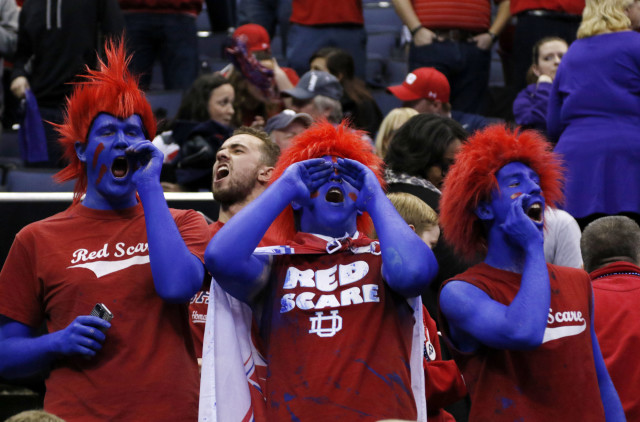 Dayton fans cheer during an NCAA tournament college basketball game against Providence in the Round of 64 in Columbus, Ohio, March 20, 2015. (AP Photo)