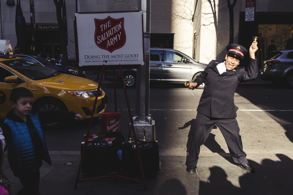 Collecting cash donations in New York City. (Photo by Flickr user Javi Sánchez de la viña under Creative Commons license)