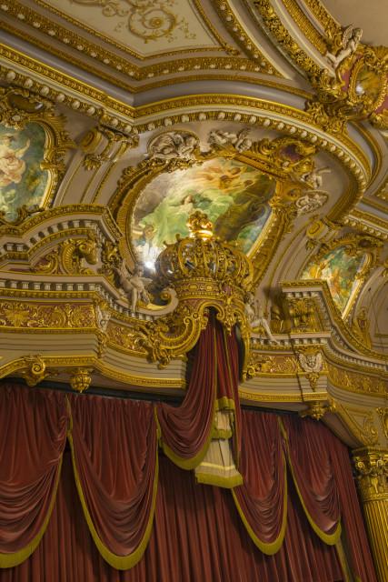 The Mark Hellinger Theater (© Larry Lederman. Courtesy of The Monacelli Press)