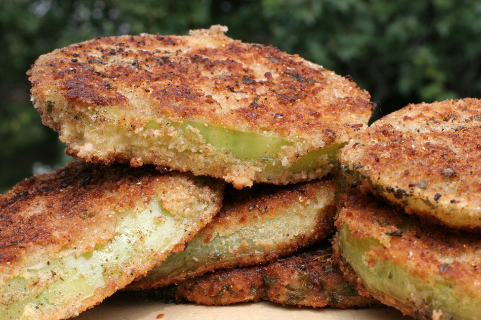 Fried green tomatoes are the best food to eat in the U.S. state of Alabama, according to Business Insider. (AP Photo)
