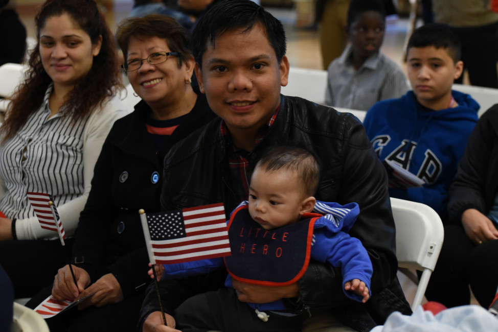 Nearly 100 people become U.S. Citizens during a Naturalization Ceremony at Glen Echo Park, Maryland, Oct. 3, 2015. (US Government photo via Flickr)
