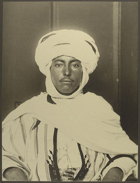 The first Arabs to immigrate to America came in the 1880s. This photo of an Algerian immigrant was taken by  Augustus Sherman, the chief registry clerk on Ellis Island from 1892 until 1925. (New York Public Library)