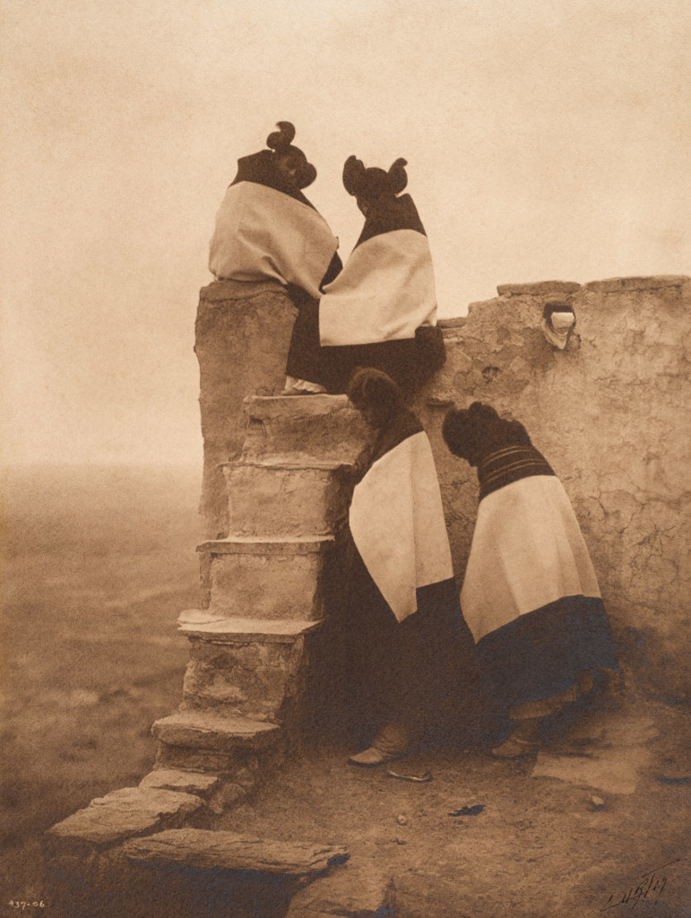 On the Housetop - Hopi, 1906, Southwest (Photo by Edward S. Curtis, courtesy DelMonico Books • Prestel)