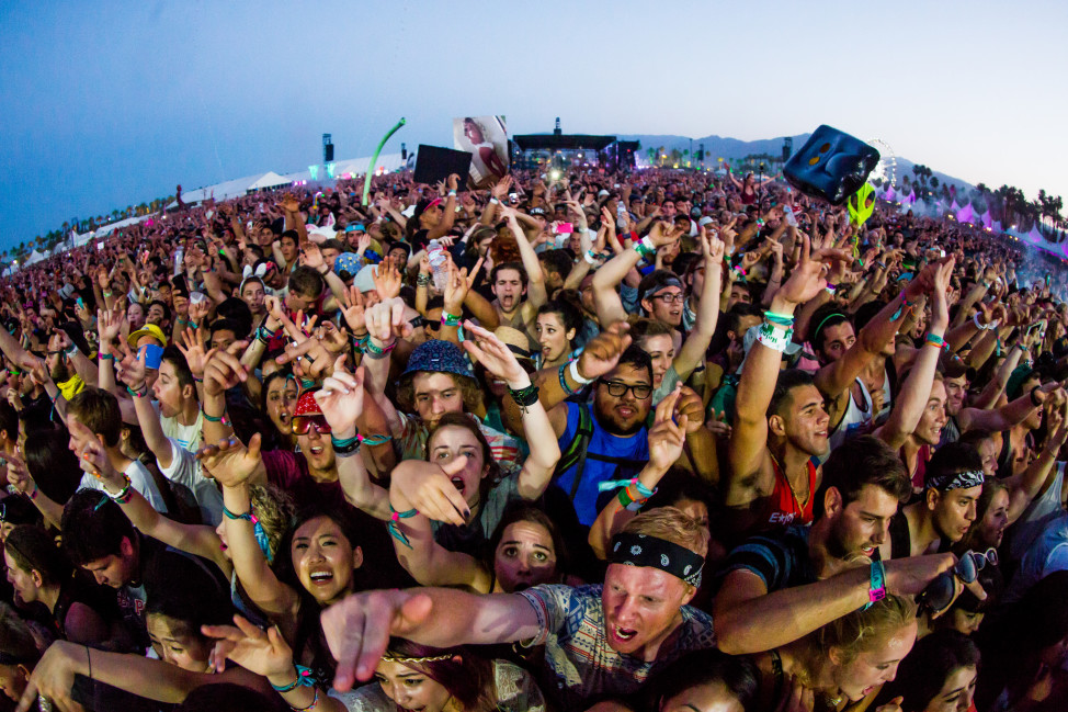 A diverse California crowd at Coachella, a musical event on April 20. 2014. (Photo by Flickr user Thomas Hawk via Creative Commons license)