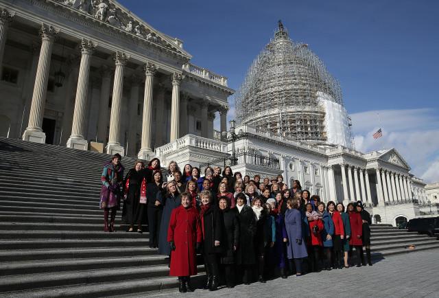 ABŞ Konqresinin demokrat qadın qanunvericiləri
