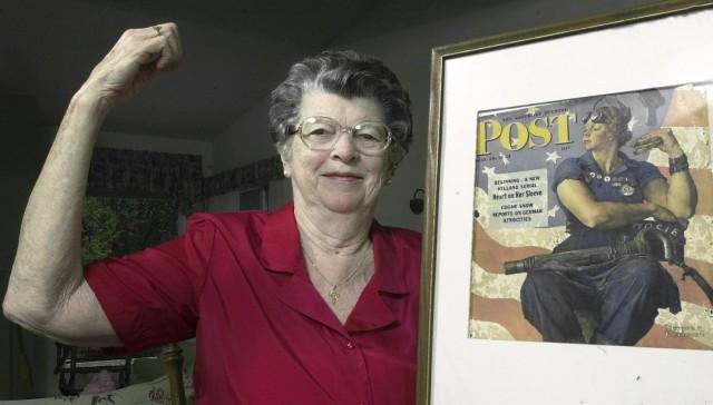 """1943-cü ildə """"Rozi""""nin portreti üçün model olmuş Meri Deyl Keefe (arxiv fotosu)"""