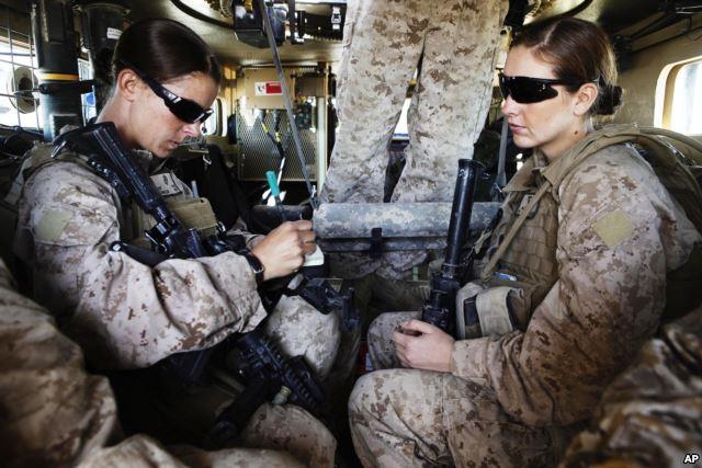 ABŞ ordusunda hərbçi qadınlar