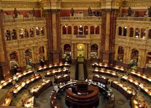 Dünyanın ən iri kitabxanası olan Konqres Kitabxanası Tomas Ceffersonun bağışladığı kitablar əsasında yaranıb.