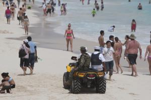 İslahatlar öz təsirini Meksikanın çiçəklənən turist sənayesində göstərir.