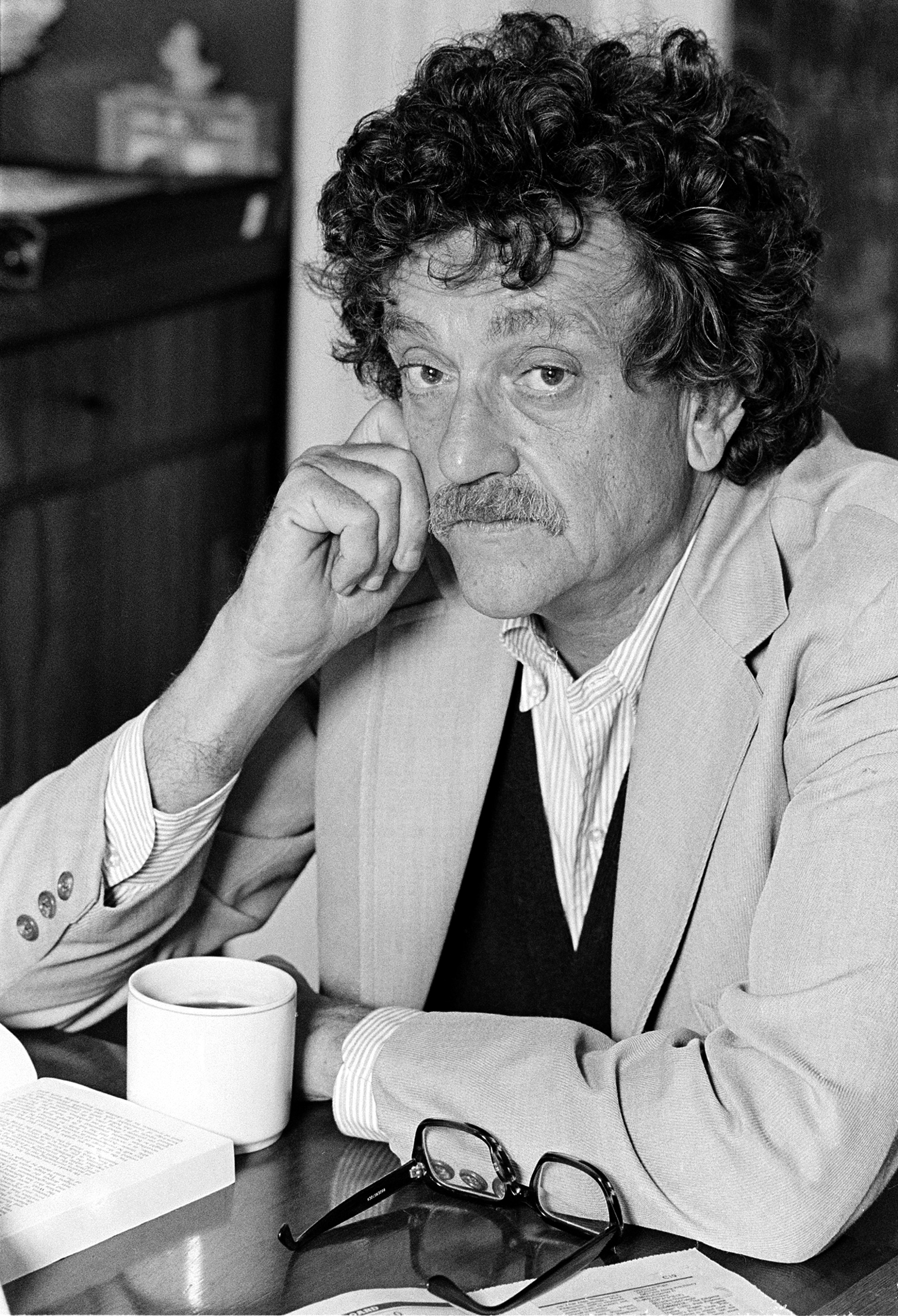 kurt vonnegut how to write a good short story