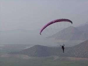Nazia paragliding