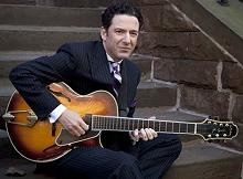 American guitarist John Pizzarelli