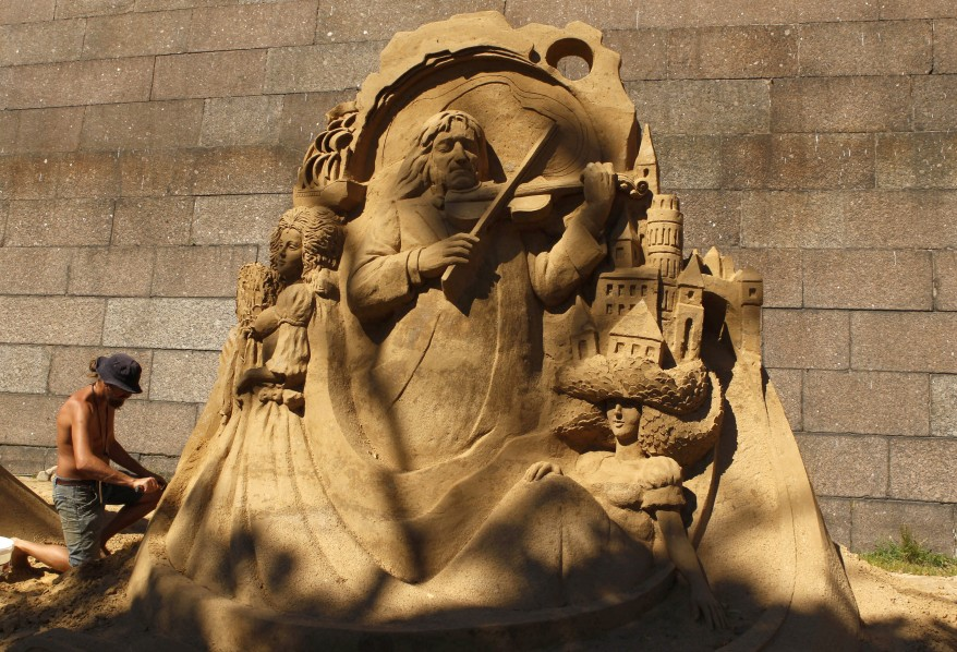 """Russia Sand Sculpture"""