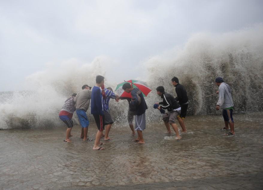 """""""Philippines Typhoon"""""""
