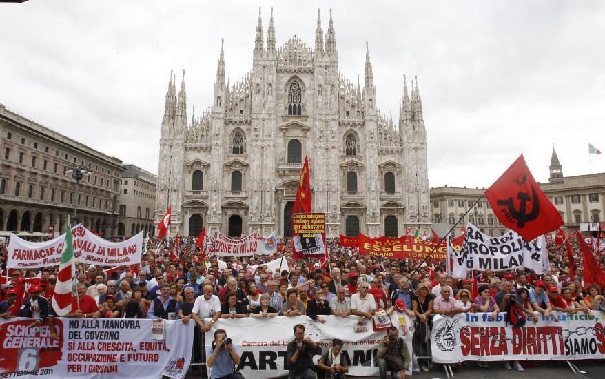 """""""Italy Financial Crisis"""""""