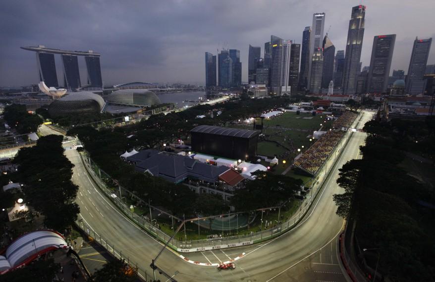 """Singapore Auto Race"""