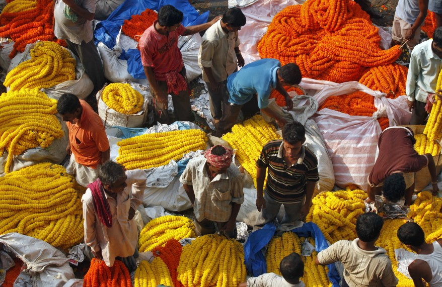 """India Garlands Vendors"""