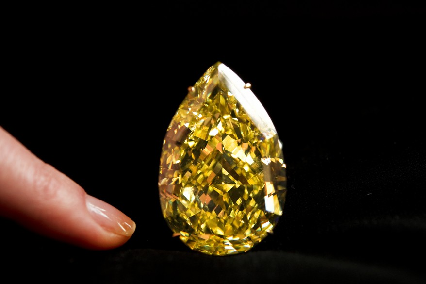 """Swizerland Auction Diamond"""