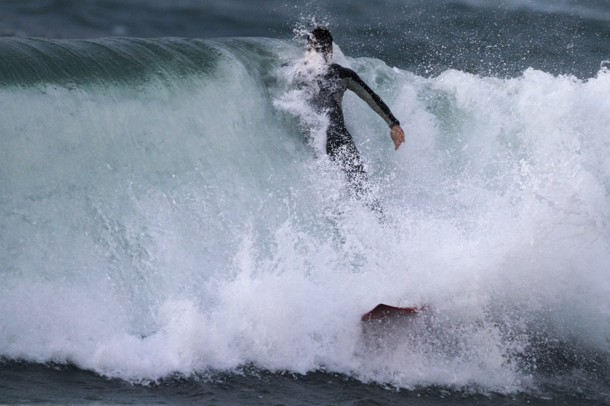 """Israel Surfing"""