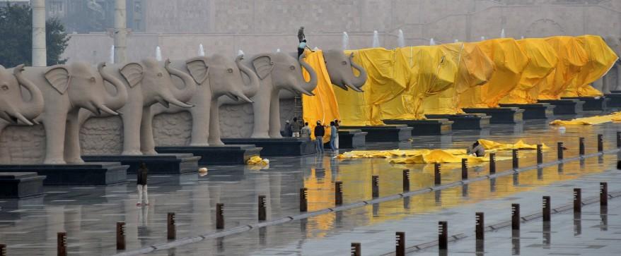 """India Hiding Statues"""