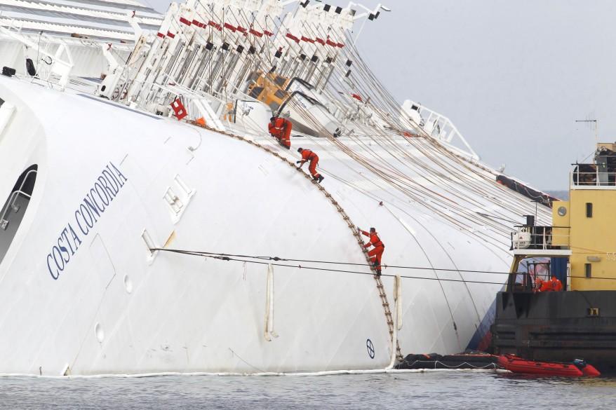 """""""Italy Cruise Ship"""""""