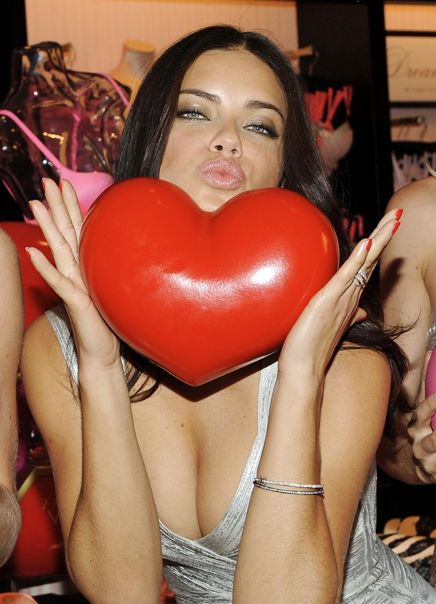 Victoria's Secret - Valentine's