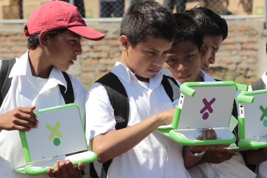 """Nicaraqua Schoolchildren"""
