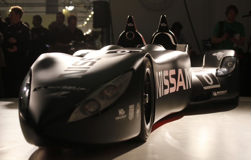 """Nissan New Racing Car"""