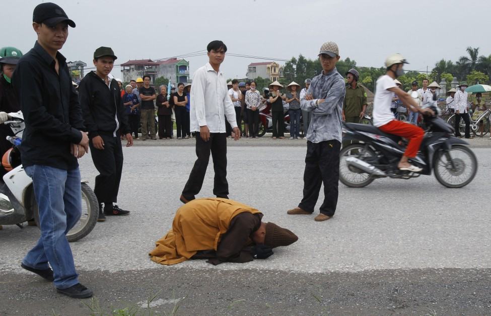 Vietnam Buddhist Monk