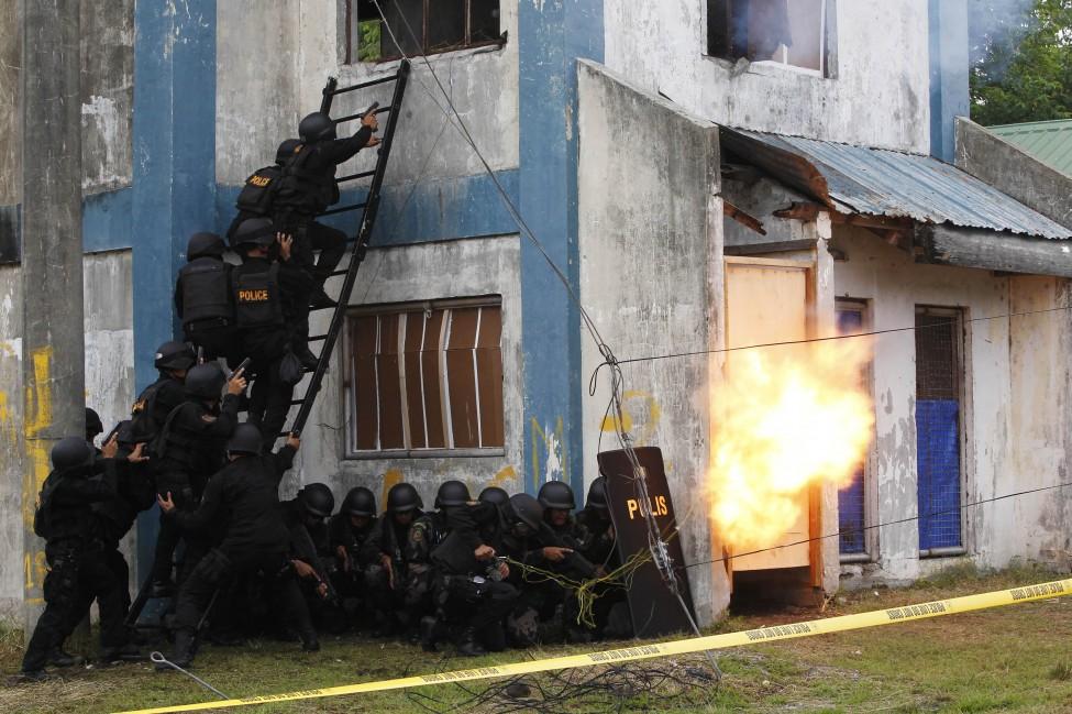 Philippines terror dril police