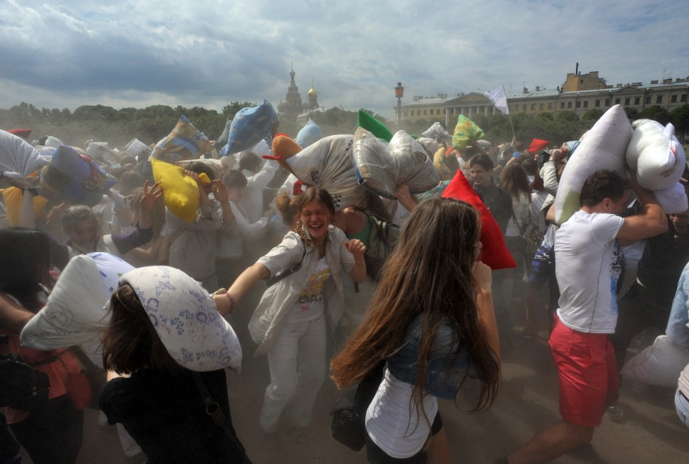 Russia Pillow Fights