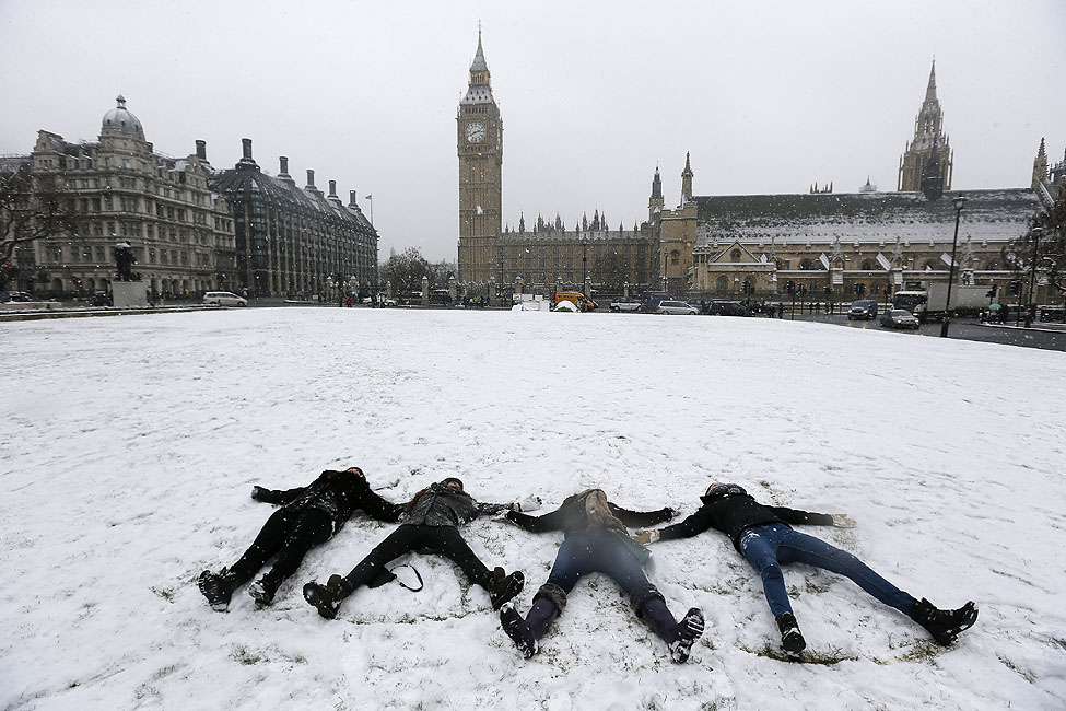London Snow Angels