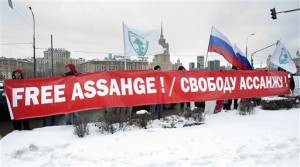 Assange Demo Moscow