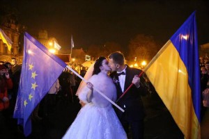 In Lviv, the largest city in Western Ukraine, this couple went from their wedding on Sunday to the pro-Europe demonstration. On Monday, 10,000 University students went on strike in Lviv, which is a one hour drive from Poland.