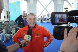 Популярный российский певец Олег Газманов, заядлый олимпийский болельщик