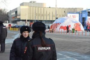 Полиция с косичками