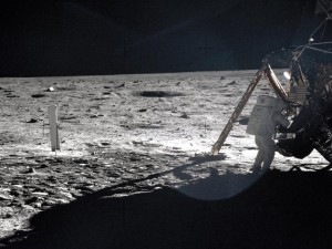 Neil Armstrong on the lunar surface, taken by Buzz Aldrin, July 1969 (Photo: NASA)