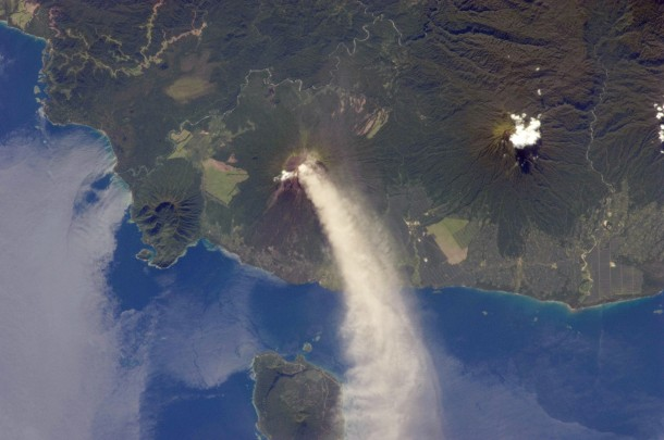 Here's another interesting volcano photo that was taken from the International Space Station.  The huge plume of smoke is from the erupting volcano Ulawan located on the island of New Britain, Papua New Guinea. (Photo: NASA)
