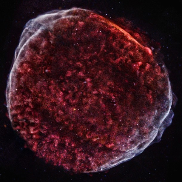 Using 10 different pointings of the Chandra X-ray telescope astronomers created this detailed image of the remnants from the SN 1006 supernova that was created when a white dwarf star exploded. (NASA/CXC/Middlebury College/F.Winkler et al.)