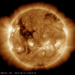 Coronal hole observed in June 2012 looks a 'rubber chicken' (SDO/NASA)