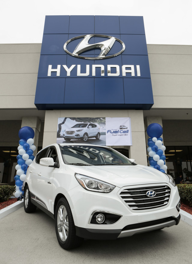 Hyundai Fuel Cell Electric Vehicle Launch