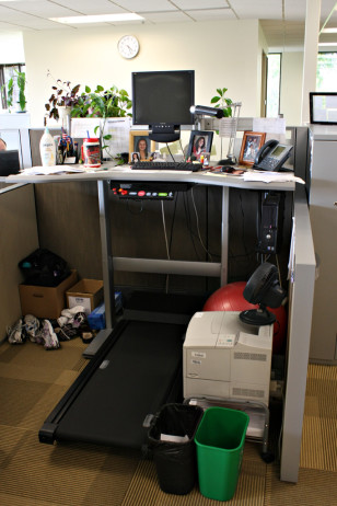 A 'walking workstation' (Jerry Huddleston via Creative Commons/Flickr)