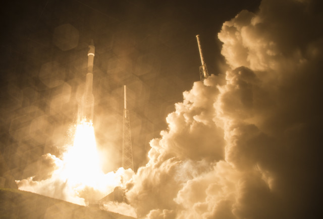 The United Launch Alliance Atlas V rocket with NASA's Magnetospheric Multiscale (MMS) spacecraft onboard launches from the Cape Canaveral Air Force Station Space Launch Complex 41, 3/12/15.  (NASA)