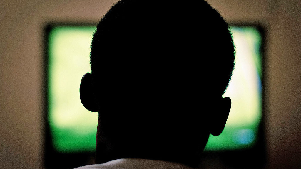 Watching television (Al Ibrahim via Flickr/Creative Commons)
