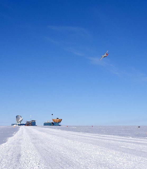 South Pole Telescope and the other Dark Sector Labs were the last buildings the plane flew over. The plane did not cross into the the Clean Air Sector, which is  restricted to flight operations. (Photo: Amy Lowitz)