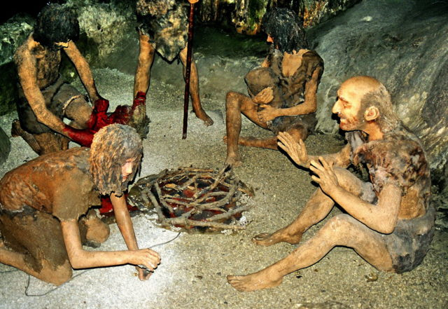 A diorama of a group of Neanderthals in St. Michael's Cave, Gibraltar (Yuliya S. via Wikimedia Commons)