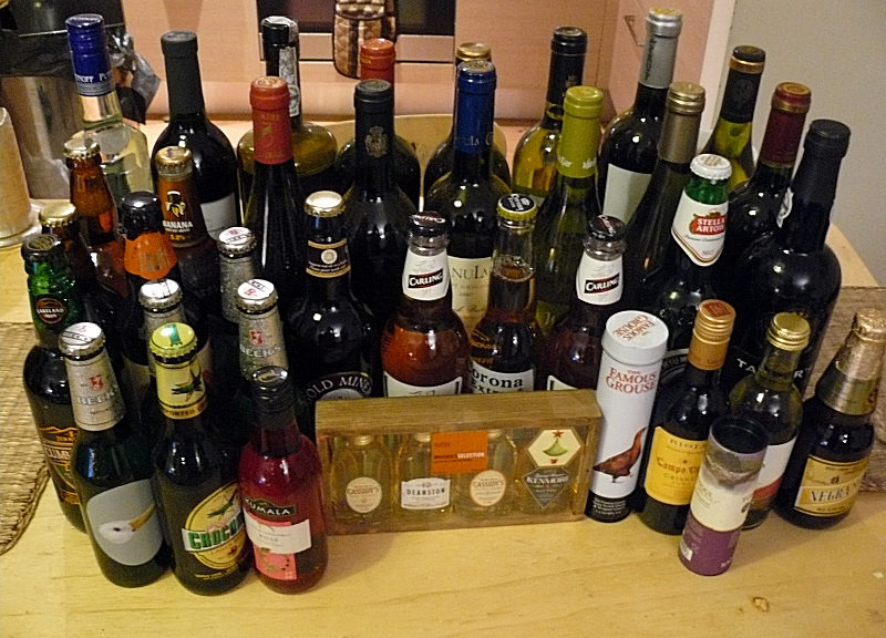 An assortment of alcoholic beverages (Mike Fleming/Creative Commons Attribution 2.0 Generic via Flickr)