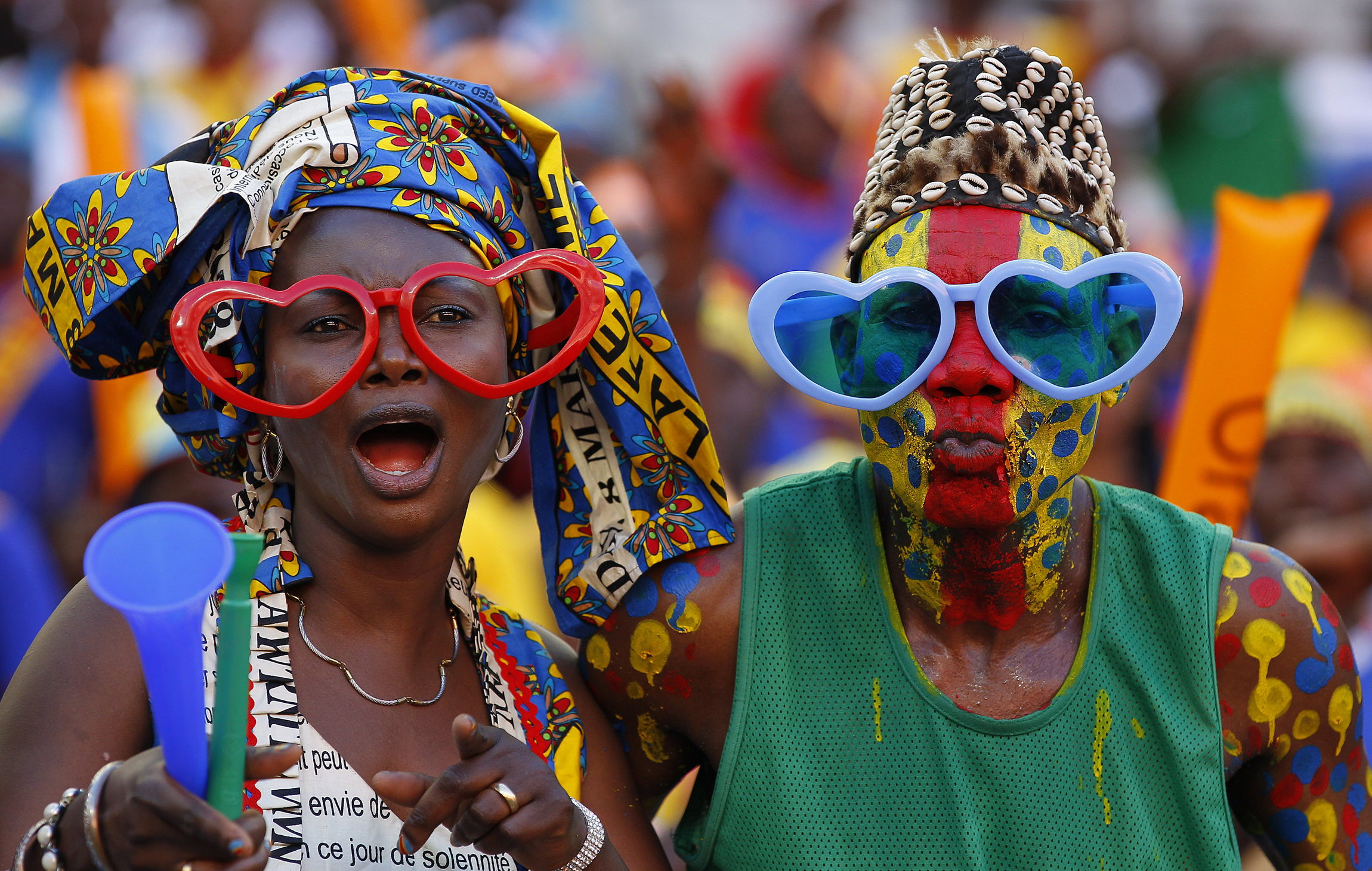 http://blogs.voanews.com/sonny/files/2013/02/DRC-fans_AFCON2013.jpg
