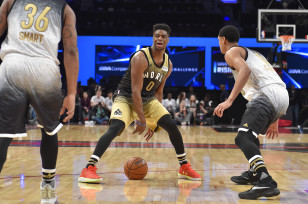 Emmanuel Mudiay dribbles the ball during the NBA's Rising Stars Challenge in Toronto, Canada. Photo: Bob Donnan-USA TODAY Sports